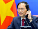 "Foreign ministers of Vietnam and China exchange ""frankly"" about South China Sea issue"