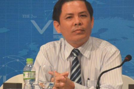 Bị tấn công đòn hiểm, Nguyễn Văn Thể mang nhân viên quèn ra đỡ đạn