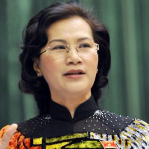 """Mất quyền lực, bà Nguyễn Thị Kim Ngân """"nghẹn ngào"""" nhìn đàn em bị xử"""