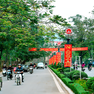 Sao đảng viên, công chức Việt Nam ngại và lười học lý luận?