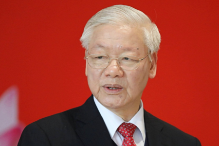 """General Secretary Nguyen Phu Trong """"burns the furnace"""" during 3rd Plenum of party's Central Committee"""