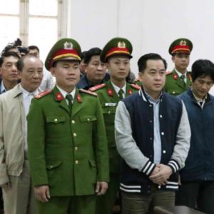 "Vietnam prosecutes senior intelligence official for ""taking bribes"" from Vu ""Aluminum"""