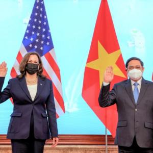 Chuyên gia: Bà Harris đề xuất nâng tầm đối tác chiến lược, Việt Nam dè chừng