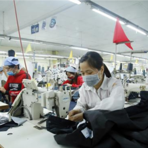Vietnam textiles and garments are at risk of losing contracts if COVID-19 is not controlled