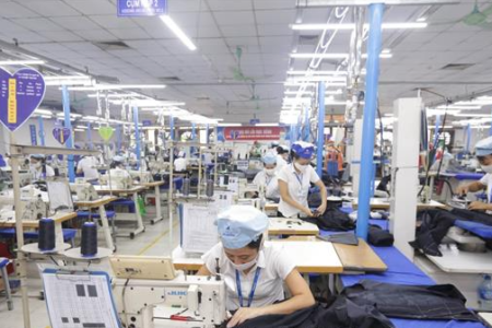 ADB lowers Vietnam's economic growth forecast for third time