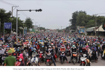 Vietnam/Covid-19 pandemic: Tens of thousands of people continue to leave economic centers to return home