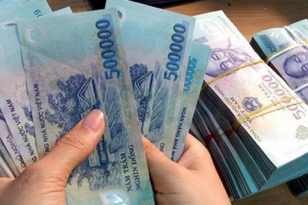 How much money does Vietnam owe China?
